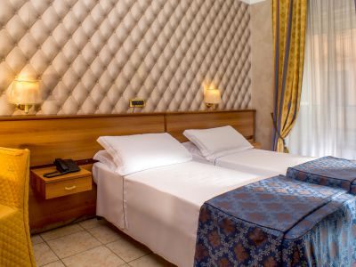 hotel assisi rome room 5