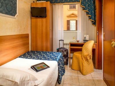 hotel assisi rome room 7