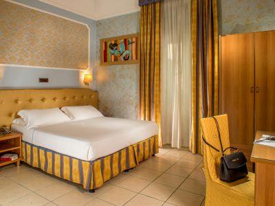 hotel assisi roma camera 9