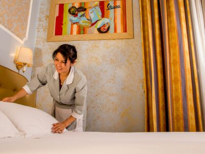 hotel assisi rome service 1